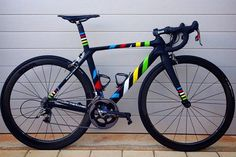 4Shaw Custom Painted Road Bike on Bike Showcase