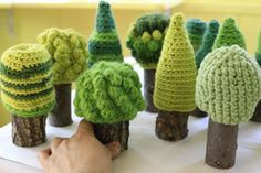 Crochet wool and wood trees by Uccellinodesigns on Etsy