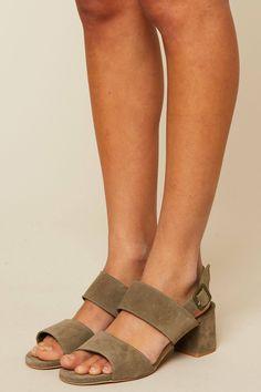 Sandales à talons en cuir suédé Belinda kaki zoom