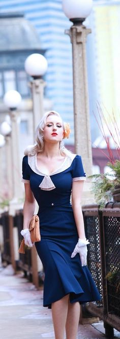 7d55a7a9aa8 navy   ivory dress inspired look…so pretty ))) - Street Fashion