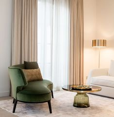 Nightstands, side tables, cabinets or chairs are some of the luxury bedroom furniture tips that you can find. Every detail matters when we are decorating our master bedroom, right? Luxury Bedroom Furniture, Living Room Interior, Home Living Room, Living Room Designs, Round Sofa, Deco Addict, Inspiration Design, Green Home Decor, Luxury Interior Design