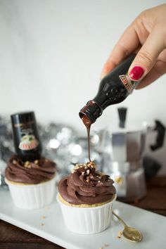 Baileys-Hot-Chocolate-Cupcakes