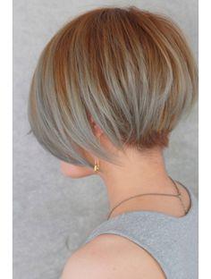 ドアベルヘアリビング(Door Bell hair Living) ハイ透明感モードショート×デザインカラー