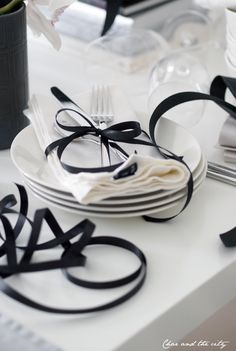 black & white wedding  ... Wedding ideas for brides, grooms, parents & planners ... https://itunes.apple.com/us/app/the-gold-wedding-planner/id498112599?ls=1=8 ... plus how to organise your entire wedding ... The Gold Wedding Planner iPhone App ♥