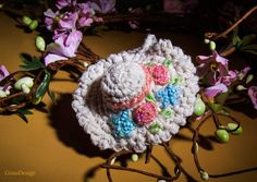 Crochet Chaby Chic Hat Pendant Necklace by GunaDesign