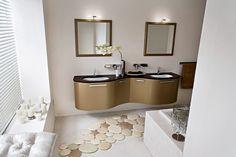 Charming bathroom to