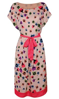 Grab a super fashion baragin with our pick of the best supermarket clothes hitting stores this month. Modest Dresses, Summer Dresses, Smart Outfit, Holiday Outfits, Work Wear, Dress Up, Floral Prints, Cute Outfits, Vestidos