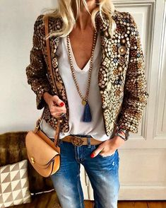 Autumn And Winter Fashion Printing Family Style Jacket Herbst und Winter Mode Druck Family Style Jacke – WhiteSeek Mode Outfits, Stylish Outfits, Winter Outfits, Fashion Outfits, Womens Fashion, Dress Winter, Boho Spring Outfits, Fashion Ideas, Jackets Fashion