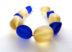 Eco fashion recycled glass bracelet yellow blue by Cuorerosso, €55.00