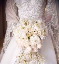 Wedding bouquet ~ what a lovely combination of flowers with just the right amount of pearls to complement that dress and veil. Wedding Events, Wedding Gowns, Our Wedding, Wedding Flowers, Dream Wedding, Wedding Veil, Wedding Blog, Cascade Bouquet, Cascading Bouquets