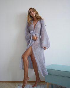 59 Ideas For Crochet Cardigan Plus Size Grey Cardigan Gris, Cardigan Oversize, Mohair Cardigan, Chunky Knit Cardigan, Crochet Cardigan, Knit Dress, Dress With Long Cardigan, Plus Size Cardigans, Knit Fashion