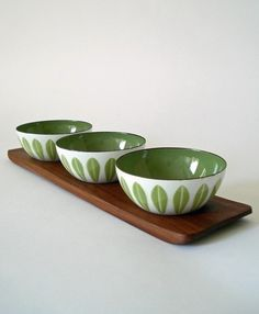 Cathrineholm enamel bowls and teak tray, from More Ways to Waste Time blog #lifeinstyle #greenwithenvy