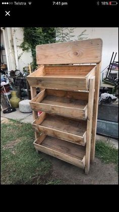 Bread Display, Stall Display, Pallet Crates, Wood Pallets, Modern Wine Rack, Fruit Stall, Craft Show Displays, Farm Stand, Maple Syrup