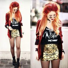 Pyramids Gold Skirt by Black Milk Clothing http://glossfashion.com/le-happy/