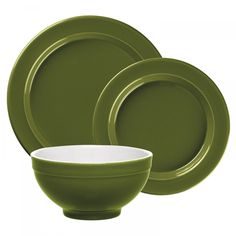 Enjoy a delicious meal in fabulous color with this three piece dinnerware set from Emile Henry. The set includes a dinner plate, salad plate, and cereal bowl all made from high resistant ceramic in Emile Henry's olive color.