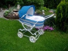 Retro kočík liberta,kúpim (2/4) Pram Stroller, Baby Strollers, Vintage Pram, Prams And Pushchairs, Baby Prams, Baby Carriage, Children, Miniature, Google Search