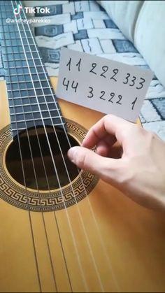 Easy Ukelele Songs, Guitar Chords For Songs, Music Chords, Ukulele Chords, Music Guitar, Guitar Lessons, Piano Music Easy, Piano Sheet Music, Guitar Chords Beginner