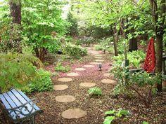 garten Landschaft Gestaltung-Waldähnliches Ambiente Ruhebank khazzam-garten