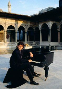 Patrick Bruel at Topkapi Palace, Turkey