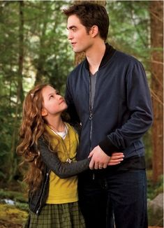 New Still of Edward and Renesmee in Breaking Dawn Part. 2 - November, 2012