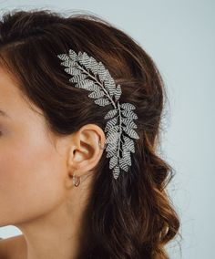 Lena Hairpins — Eden b. Bandana Hairstyles For Long Hair, African Hair Wrap, Couture Embellishment, Wedding Accessories For Bride, Modern Hairstyles, Hair Vine, Leaf Shapes, Hair Jewelry, Hair Pieces