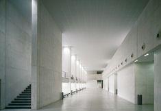 Arquitectos: Ignacio Vicens y Hualde José Antonio Ramos Abengozar Colaboradores…