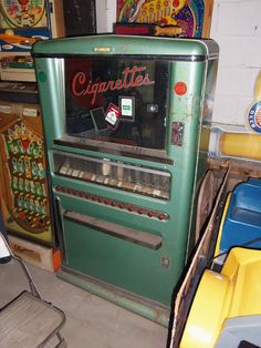 Flickriver: Searching for photos matching 'vintage vending machine'