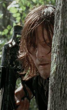 Daryl Dixon in The Walking Dead Season 6 Episode 15 | East (gif)