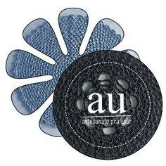Vamos inaugurar nossa nova loja virtual logo, logo. Tá no forno! Enquanto isso, encomendas direto por mensagem privada aqui mesmo nesta página. Fiquem ligados! Vem aí muitas promoções e produtos originais pra você, pra sua casa, pro Natal, pra dar de presente, ou pra se presentear :) #ArtesanatoPraUsar #topCropped #crochê #crochet #sousplat #xmas #natal #artesanato #craftwork #patchwork