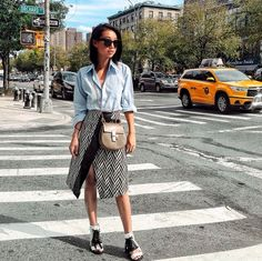 15 Outfits That Will Make You Want an Envelope MidiSkirt | StyleCaster