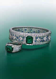 Gems Jewelry, High Jewelry, Modern Jewelry, Pearl Jewelry, Jewellery, Stone Jewelry, Louis Vuitton Jewelry, Blue Choker, Van Cleef Arpels
