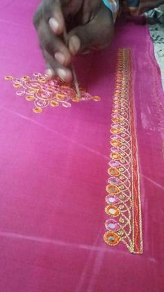 B Aari Embroidery, Hand Embroidery Videos, Embroidery Works, Hand Embroidery Designs, Simple Blouse Designs, Silk Saree Blouse Designs, Bridal Blouse Designs, Mirror Work Blouse Design, Kutch Work Designs