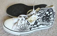 Converse All Star Chuck Taylor Skull and Web Hi-Top Sneakers Size 8 W 10