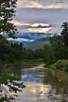 River of No Return, Salmon River Idaho Idaho Travel Destinations Nature Images, Nature Pictures, Mother Earth, Mother Nature, Beautiful World, Beautiful Places, Quelques Photos, Amazing Nature, Pretty Pictures