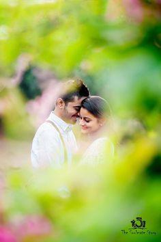 [Click on the photo to book your wedding photographer]   Couple Engagement Poses Photos & Ideas. New York | London | Dubai | India | Thailand  Candid & Destination Wedding Photographer Rishabh Agarwal