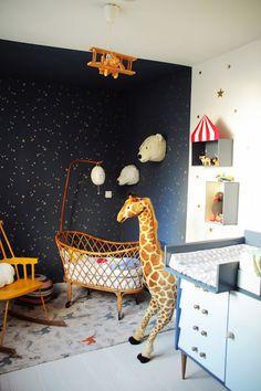 La Cuisine d'Achille : chambre d'Achille Partie 1, papier peint cole and son, kartell, designer box, berceau vintage