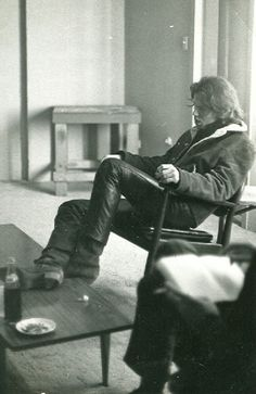 one of the most beautiful, sexy, intelligent, poetic and prolific writers of r&r! Jim Morrison