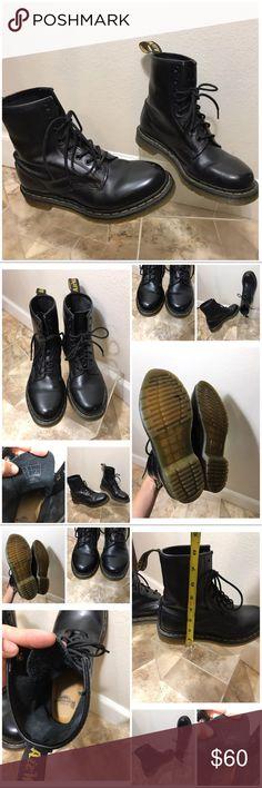 Dr. Marten's hightop boots black leather women's 8 Dr martens hightop boots black leather the original air wait bouncing soles women's size 8 Dr. Martens Shoes Combat & Moto Boots