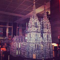 Der Kölner Dom aus #LEGO! #wallrafmuseum #koeln #bauzeitvergleichbarmitdemechten #mytest