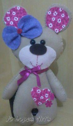 Ursa amorosa em feltro