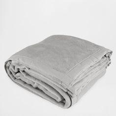 Одеяло с краями из контрастной ткани - спальная комната - Базовые товары | Zara Home Российская Федерация