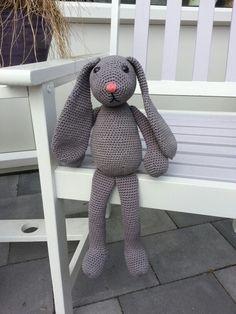 Gehaakt konijn grijs