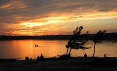 Killbear Point Provincial Park Things to Do Located along the Georgian Bay in Ontario, Killbear Provincial Park is a famed tourist location. Suv Camping, Campsite, Ontario Parks, Outdoor Curtains, Road Trips, Beautiful World, Sunsets, Mud, Adventure Travel