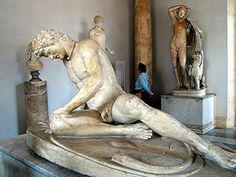 """""""Le galate mourant""""  sculpture grecque d'un soldat galatien, commandée  par Attale 1er (en 230 ans av. J.-C.)  pour commémorer sa victoire sur les Galates."""