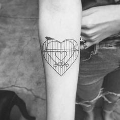 caged-heart-tattoo-by-hectordanielsnyc