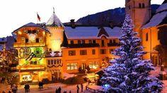 DrømmeJul i sneen - Hvor kunne det være skønt med en idyllisk jul med rigtig julestemning i sneen i en fjeldhytte i Norge.. F.eks. på Dr. Holms hoteli byen Geilo oppe ved Bergen. Julemad, kanekørsel, juletræ og i det heletaget rigtig hygge :-)