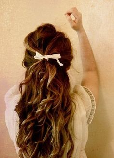 curls via http://designlovely.tumblr.com