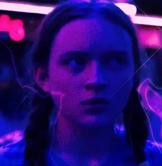 Pin by dottie on stranger things in 2019 stranger things aesthetic, strange Stranger Things Kids, Stranger Things Season 3, Stranger Things Netflix, Best Tv Shows, Best Shows Ever, Movies And Tv Shows, Eleven St, Sadie Sink, Netflix Series