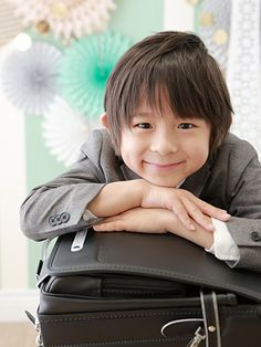 七五三などの記念日の写真撮影はスタジオキャラットへ。キャンペーンで七五三の写真撮影にさまざまなサービス付き Japan For Kids, School Entrance, Beautiful Children, Infant, Boys, Cute, Photography, Kids, Baby Boys