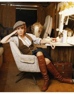THE ELECTRIC HORSEMAN - Jane Fonda in her dressing room - Directed by Sydney Pollack - Warner Bros. - Publicity Still.